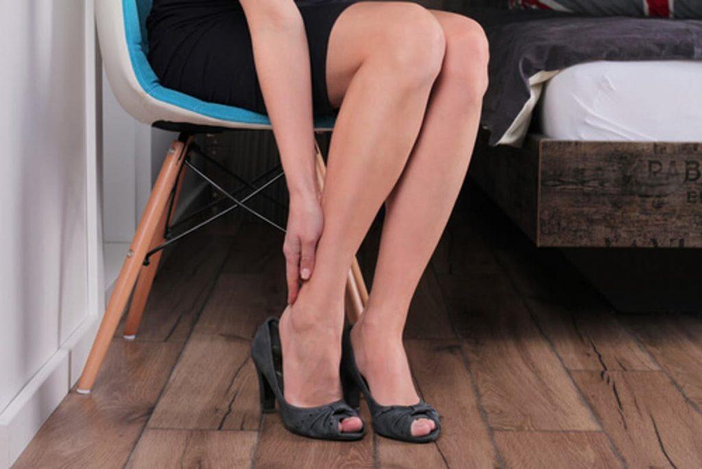 imagen de piernas adoloridas